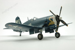Vought F4U Corsair  1:48
