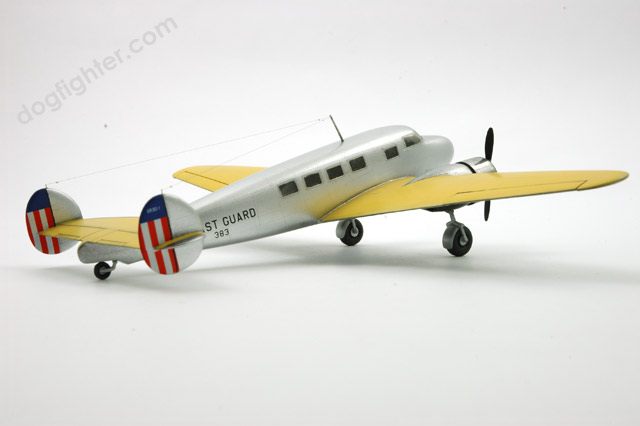 Lockheed Model 14 Super Electra 1:72