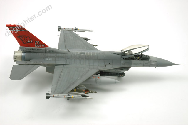 Tamiya F-16C Fighting Falcon