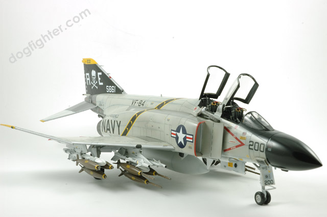 Tamiya Blackbox F-4 Phantom F-4J USN  U.S.NAVY